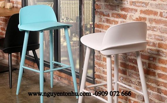 ghế bar tựa lưng sắt đế gỗ