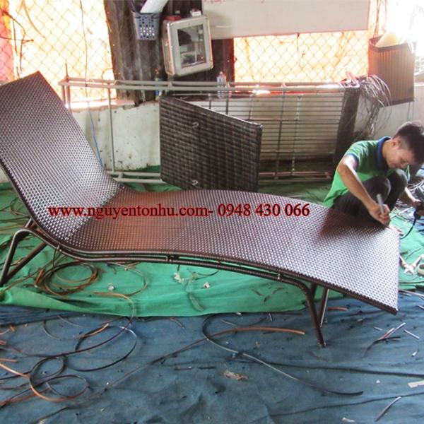 giường tắm nắng mây nhựa giá tốt tại hcm